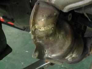 持ち込みタイヤ交換はジャペックス・・・ マフラー溶接もジャペックス・・・ 車の事ならジャペックス・・・